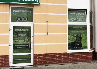 Oklejenie witryn Zwierzaczek Wrocław